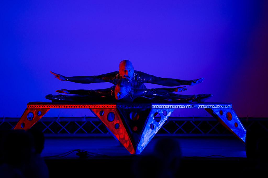 Akrobatik-Show Duo Scacciapensieri, www.artistik.ch