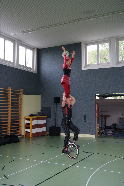 Kinder und Festival-Show Duo Scacciapensieri, www.artistik.ch
